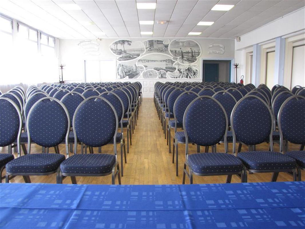 Location De Salles Seminaires Et Entreprise Breizh Hotel La